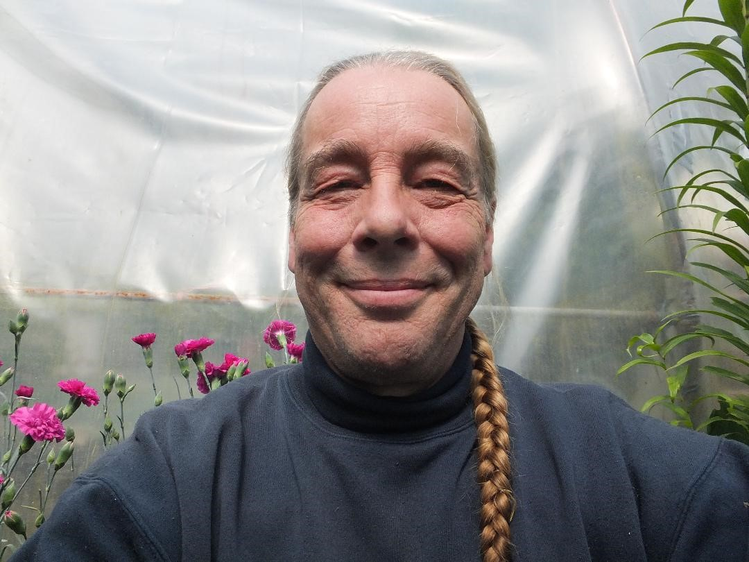 Gardener Bob Flowerdew will be visiting Barrowhill Hall on Care Home Open Day